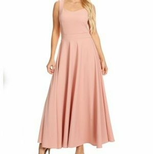 Dresses & Skirts - Sweetheart Neckline Maxi Dress